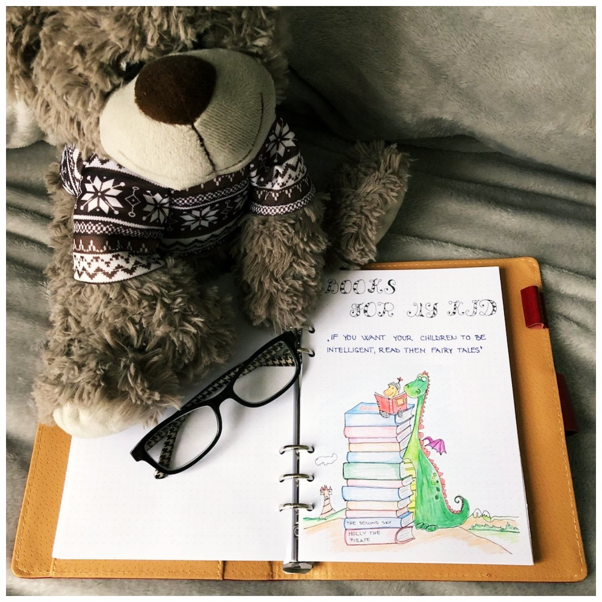 Bullet journal - Books to read with the bear - itstartswithacoffee.com #bulletjournal #booktoread #itstartswithacoffee.com