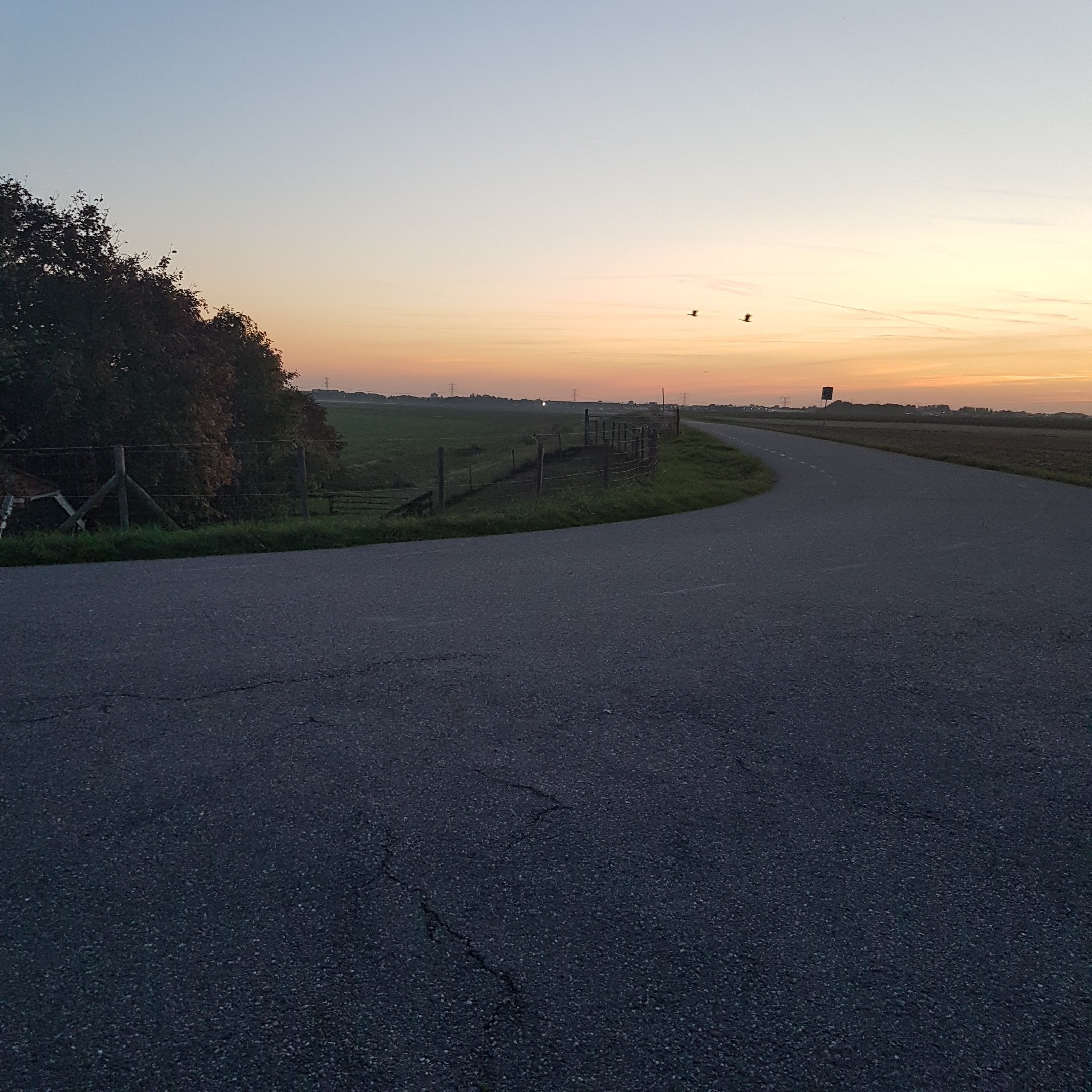 The sunset from the geocache - itstartswithacoffee.com #geocache #geocaching