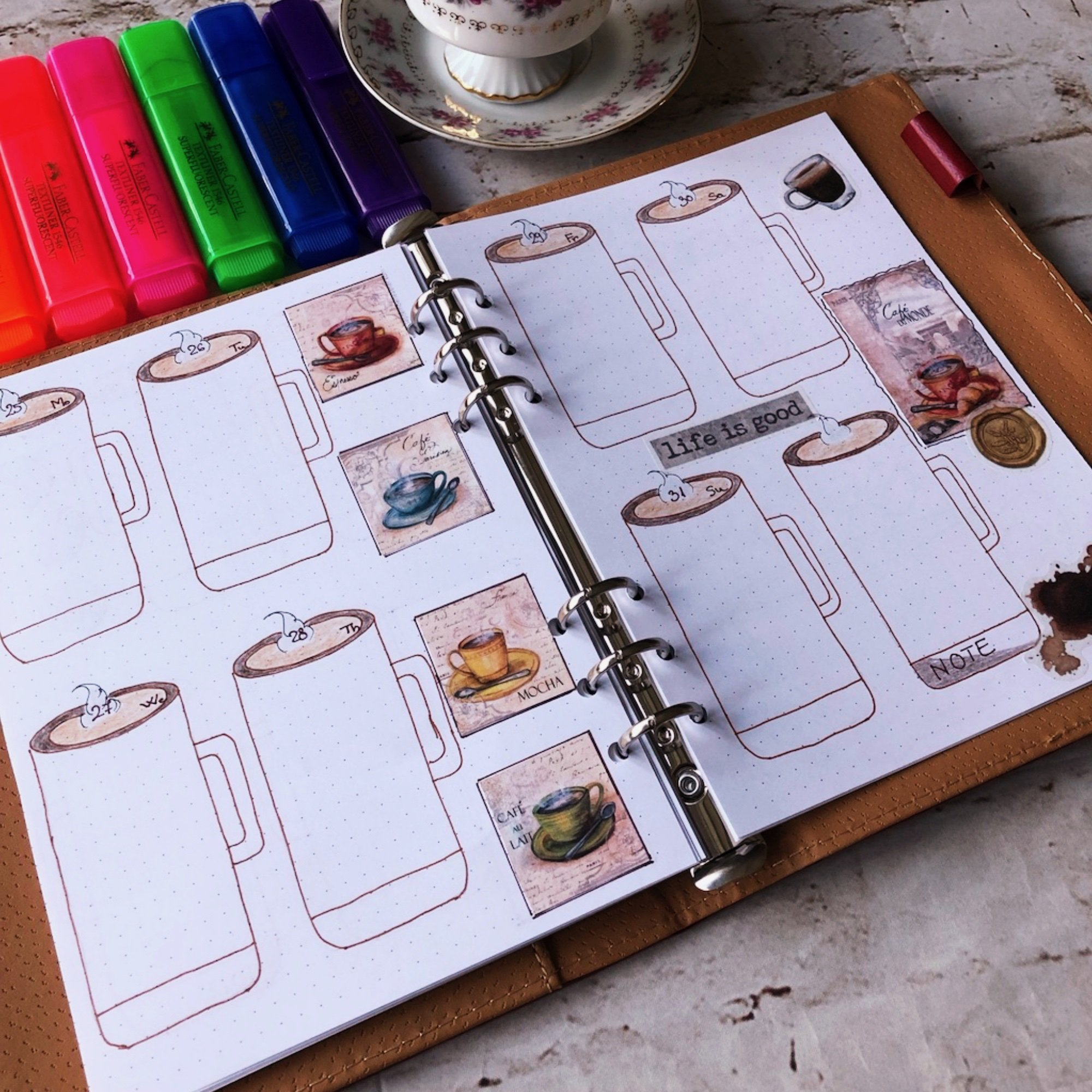 Creative journaling weekly planner – week 13 (March) - itstartswithacoffee.com #creativejournaling #weekly #weeklyplanner #March #planner #planning